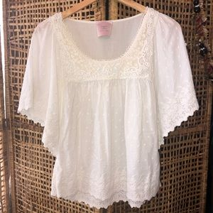 Romeo & Juliet Couture Beautiful Embroidered Top